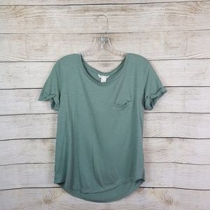 H&M t-shirt high low size small